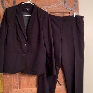 Tommy Hilfiger black pantsuit, size 16